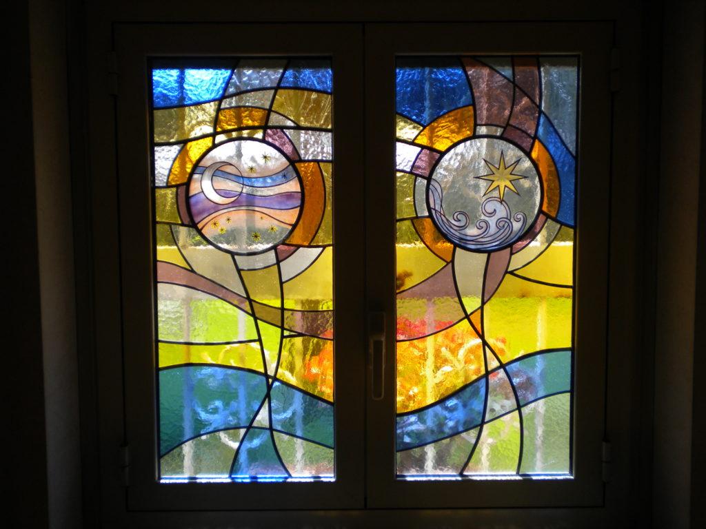 Vetrate d 39 arte vetrate di arte sacra for Porte in vetro per cappelle cimiteriali